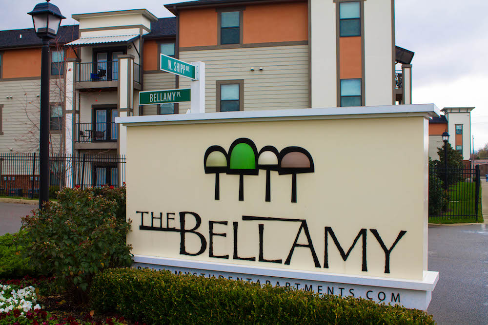 Bellamy Sign-1-1