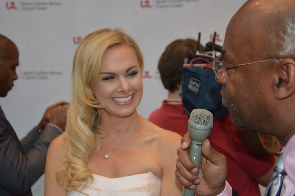 "Broadway queen Laura Bell Bundy is a Kentucky native who has starred in ""Wicked,"" ""Legally Blonde"" and ""Hairspray."""