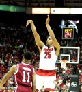 Wayne Blackshear scored 16 points.