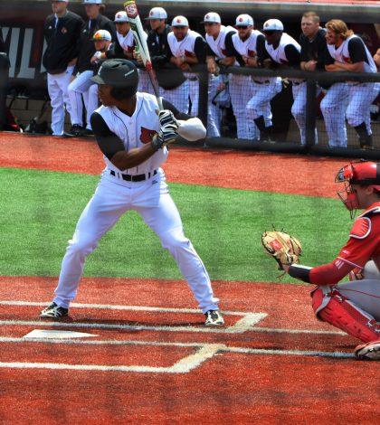 Corey Ray at bat, potentially one of his last regular regular season plate appearances.