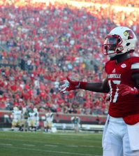 James Quick had a 32-yard touchdown catch in the second quarter.