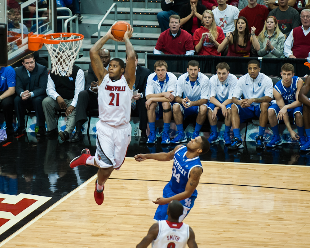 Men's Basketball VS UK, 12-29-12 – The Louisville Cardinal