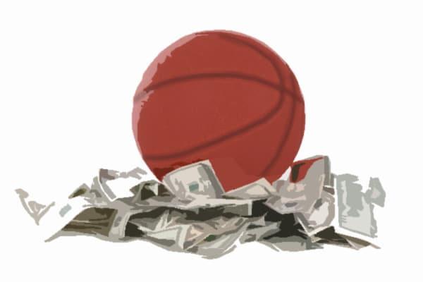 NCAA Accuses Rick Pitino of Recruiting Violations | sports , usa