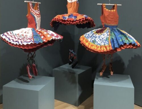 """Fashioning Art from Paper"": A peek at Isabelle de Borchgrave's Speed Art Museum exhibit"