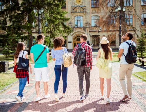 Top Tips to Help College Students Adjust to Campus Life